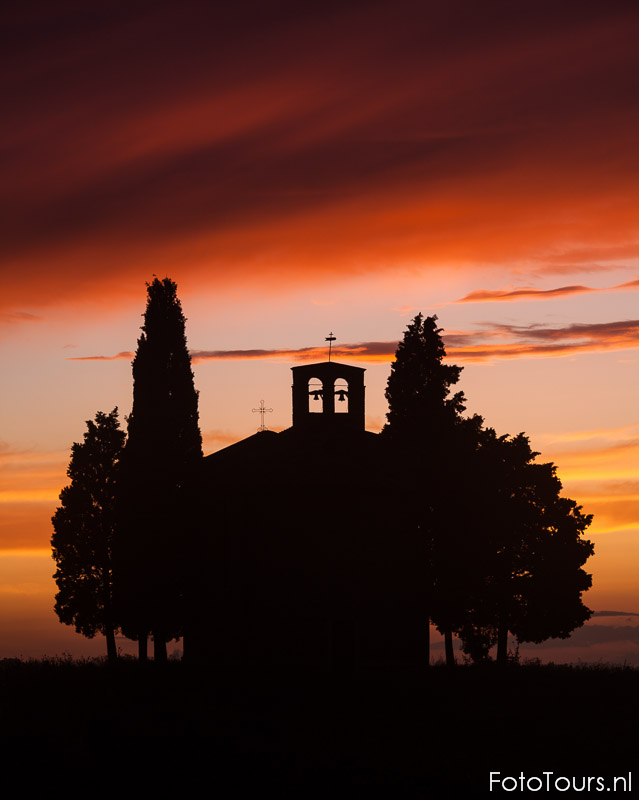 Toscane Kapel   © Anne van Houwelingen   FotoTours.nl
